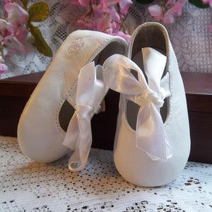 Ralph Lauren Layette Lambskin Baby Shoes